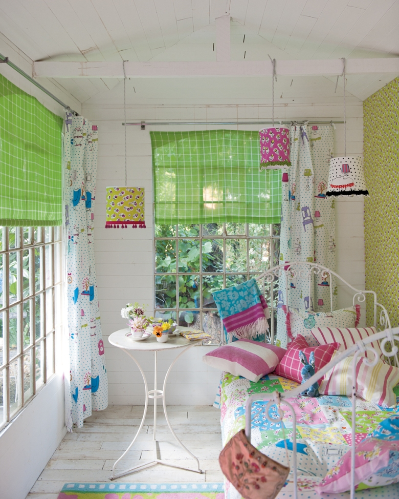 Friday Finds As Seen At Hirshfield S: {friday Finds: Osborne & Little And Designers Guild Spring ...