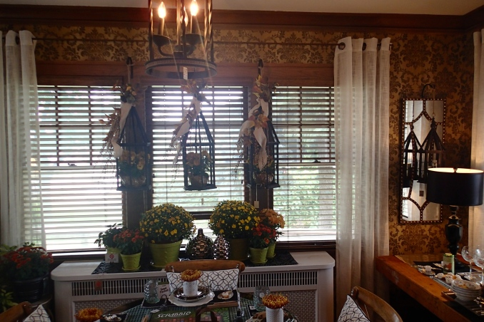 Bachman's Sunroom wallpaper from Hirshfield's