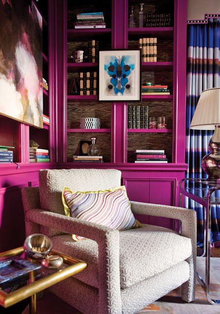 interior+design+library+office+pink+fuschia+magenta+bookshelves+2