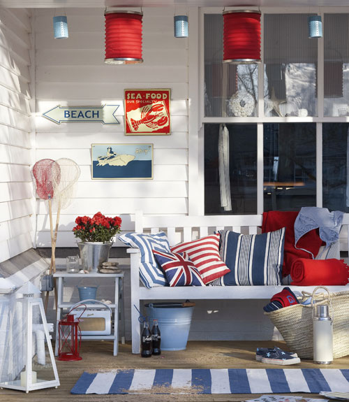 Decorating Items: {friday Finds: Decorating With Red, White And Blue