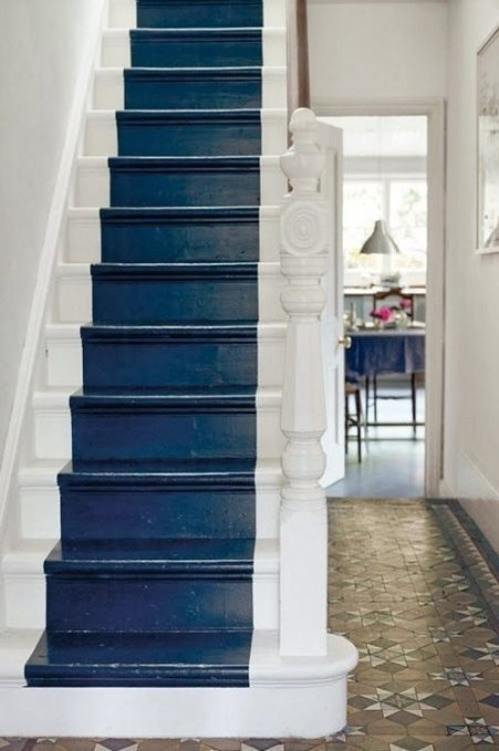painted staircase runner
