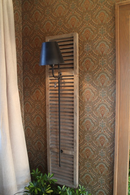 paisley wallpaper bachman's